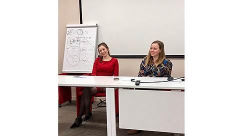 Смотрите, кто пришёл:Яна Лубнина и Дарья Костина (шеф-редакторы «Коммерсант FM»)