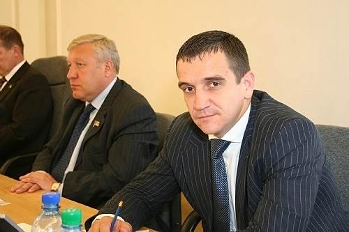 <b>Николай Степанов, бывший руководитель бизнес-группы RU-COM</b> <br>По данным следствия, является одним из соучастников мошеннической схемы экс-министра Михаила Абызова. Арестован до 25 мая