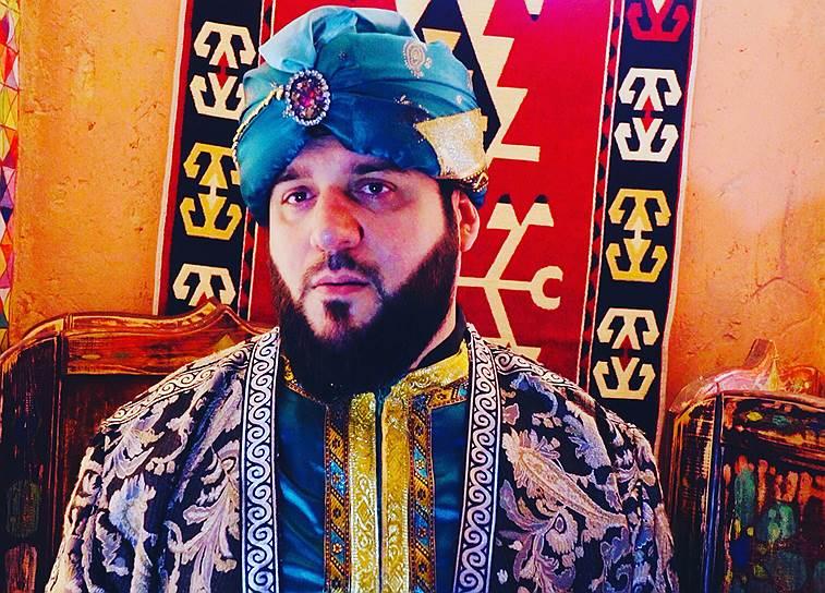 Шоумен Эльдар Иразиев