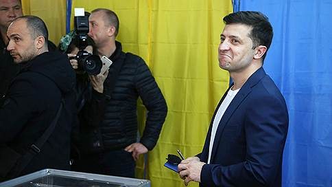 «Если он будет идти навстречу, Россия будет всячески этому способствовать»  / В РФ приветствовали избрание президентом Украины Владимира Зеленского