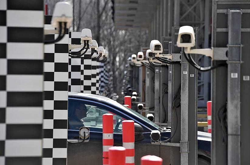 11 апреля, Московская область. Въезд на платный участок автомобильной дороги М-1 «Беларусь»