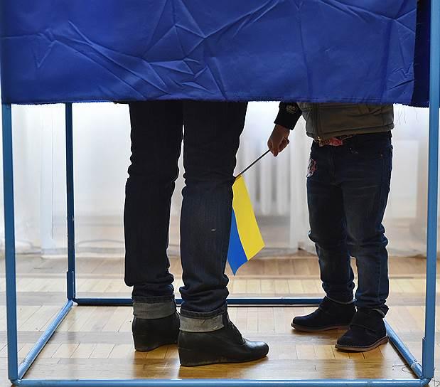 21 апреля, Украина. Второй тур выборов президента страны