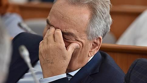 «Нам проще нанять новое правительство»  / Глава парламента Хакасии раскритиковал «коммунистическую» команду губернатора