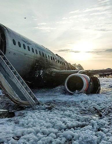 На момент катастрофы «Аэрофлот» был крупнейшим эксплуатантом SSJ 100 с 50 бортами в парке (считая сгоревший в Шереметьево)