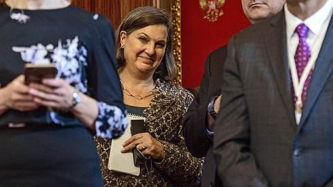 Виктория Нуланд нашла себя в черном списке РФ // Бывшему помощнику госсекретаря США отказали в российской визе