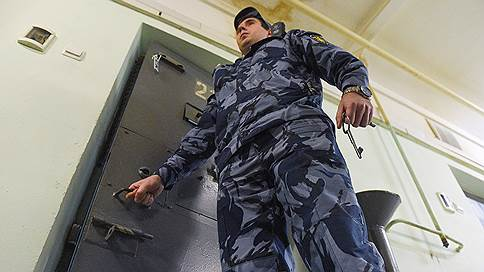 Покушение на губернатора нашло обвиняемых // Задержан криминальный авторитет Евгений Ремезов