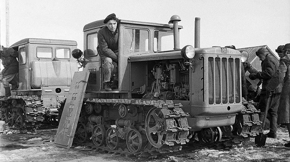 В 1933 г был построен тракторный завод в марте 1940 с конвейера конвейер 3д модель скачать