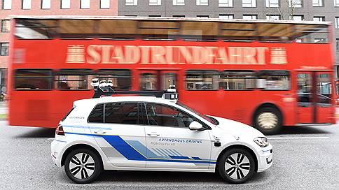 Беспилотному такси накрутили счетчик  / В UBS подсчитали будущий объем еще не существующей отрасли