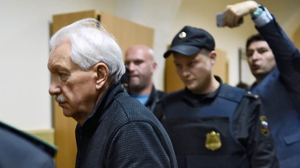 Бывший руководитель Республики Коми Владимир Торлопов (в центре)