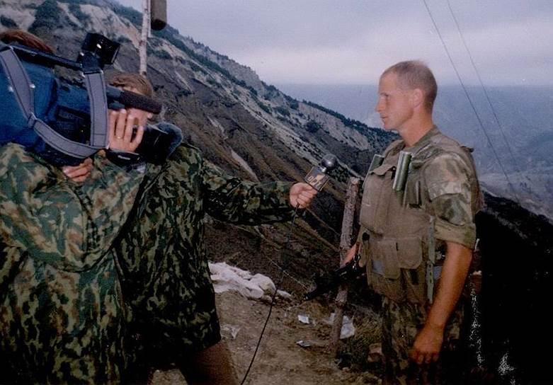 Россиянин Олег Пулатов (позывные «Гюрза» и «Халиф»), подчиненный Сергея Дубинского, бывший подполковник Вооруженных сил России