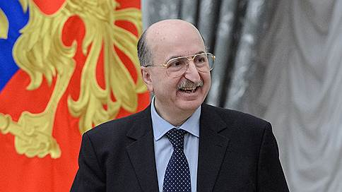 Давид Якобашвили обещал вернуться // Бизнесмен готовит ответ на обыск в своем музее
