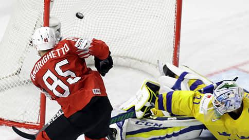 «Авангард» усилил КХЛ  / Игроком омского клуба стал вице-чемпион мира Свен Андригетто