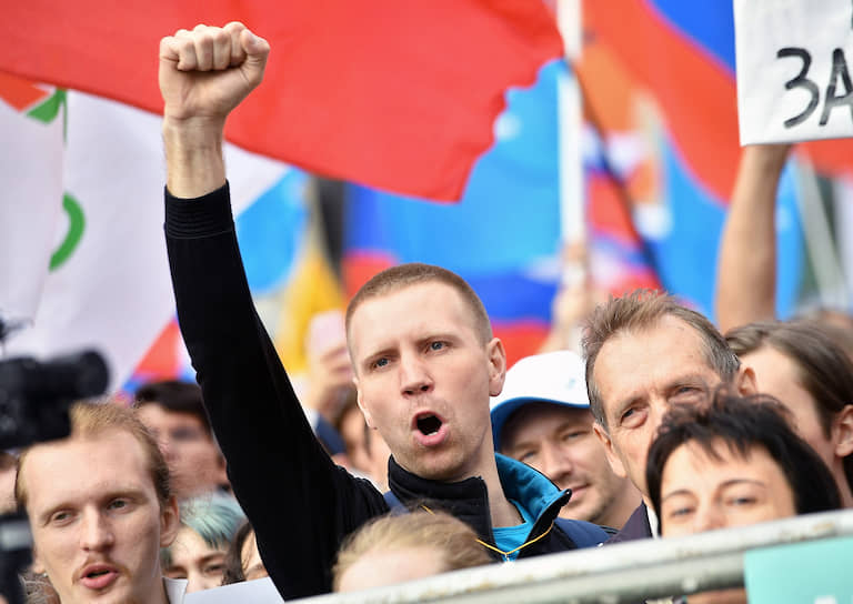 Кандидатами в депутаты Мосгордумы зарегистрированы 233 человека: 62 самовыдвиженца и 171 по партийным спискам