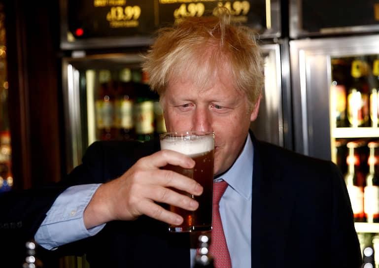 На посту министра Борис Джонсон пробыл до середины 2018 года. В июле 2018-го он подал в отставку, заявив, что не может более поддерживать правительственную точку зрения по «Брекситу»