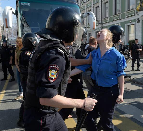 Протестующие доходили до Лубянки и перекрывали Садовое кольцо