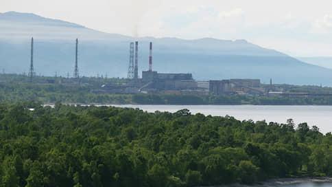 """«Изображается процесс борьбы за Байкал, но по существу ничего не делается»  / """"Ъ"""" поговорил с учеными о возможном загрязнении озера токсичными отходами с БЦБК"""