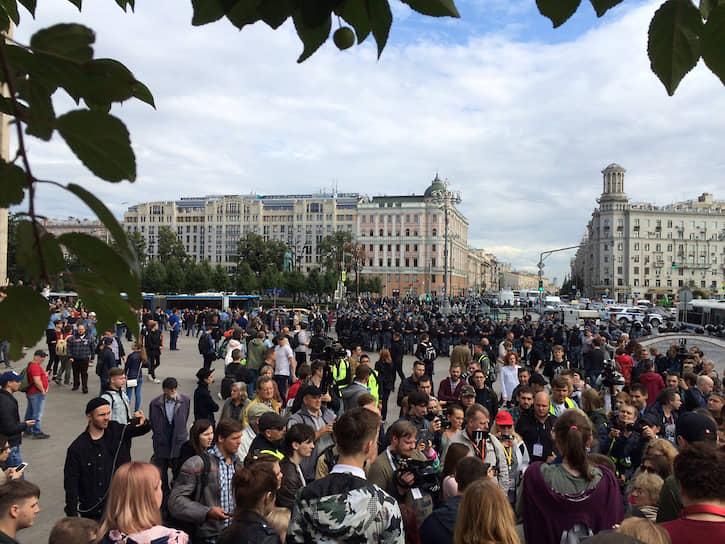Пушкинской площади