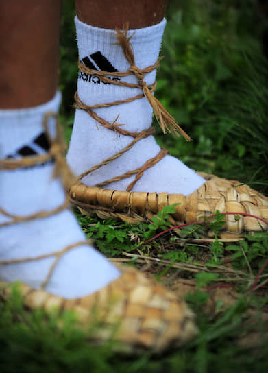 Adidas — по-настоящему народная марка одежды <br>Суздаль, 2011 год