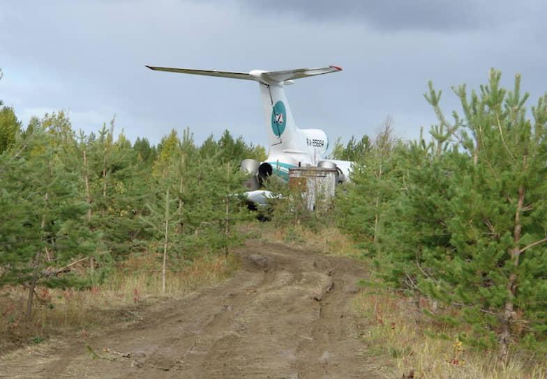7 сентября 2010 года Ту-154М авиакомпании «Алроса» выполнял рейс ЯМ516 по маршруту город Удачный (Якутия)—Москва. На его борту произошла полная потеря электропитания, что привело к отключению навигационных систем и топливных насосов