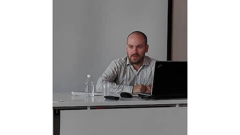 """Смотрите, кто пришел: Дмитрий Спиридонов (старший редактор группы оперативной информации """"Ъ"""")"""