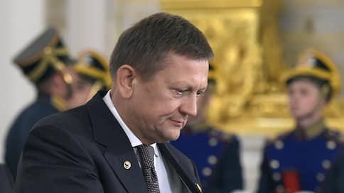 Семейное освобождение // Новосибирский суд перевел под домашний арест экс-директора клиники имени Мешалкина и его жену