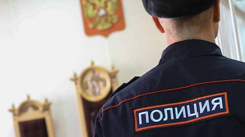 Полицейских призвали к полиграфу // В покушении на мошенничество нашлись признаки других преступлений