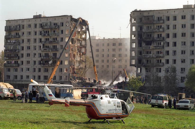 Вскоре после теракта в редакцию агентства «Интерфакс» позвонил неизвестный, назвался представителем «Конфедерации освобождения Дагестана» и сообщил, что взрывы жилых домов — это месть за ведение боевых действий на территории Дагестана