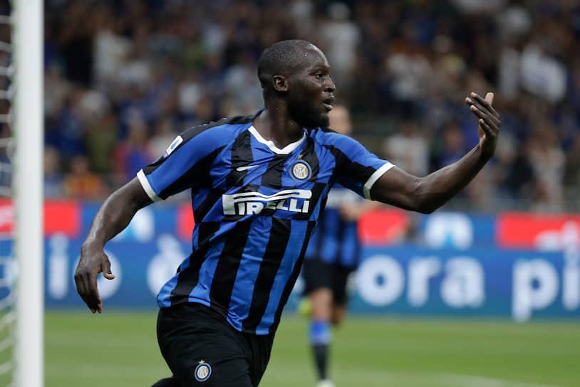 8 августа 26-летний бельгийский нападающий Ромелу Лукаку покинул «Манчестер Юнайтед» и перешел в «Интер». Сумма сделки составила €65 млн