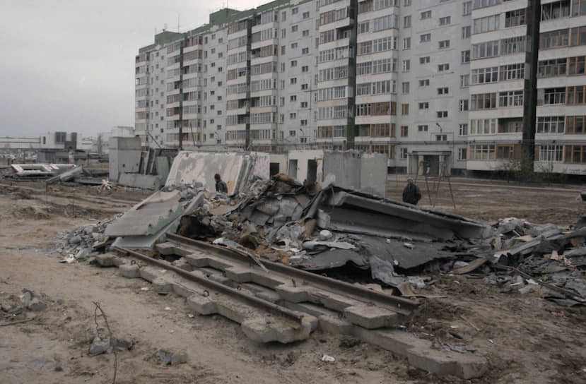 В результате взрывов домов в России 4-16 сентября 1999 года погибли более 300 человек. Еще около 1700 получили ранения различной степени тяжести или пострадали в той или иной мере