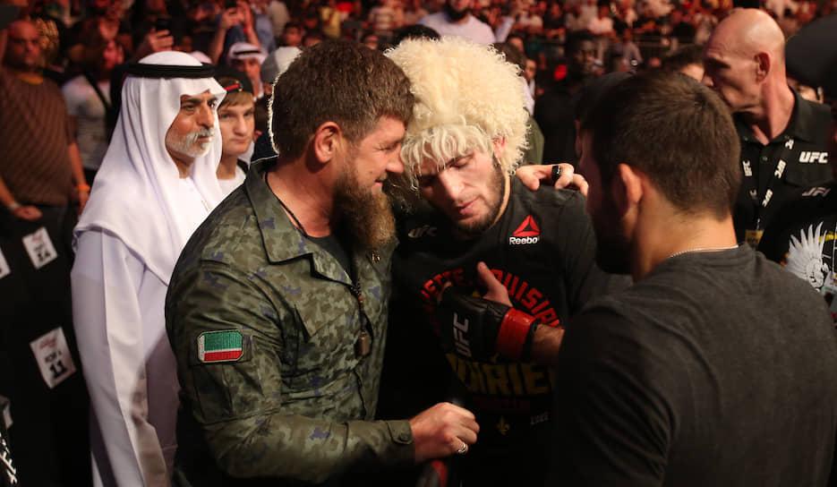 Глава Чечни Рамзан Кадыров поздравляет Хабиба Нурмагомедова с победой
