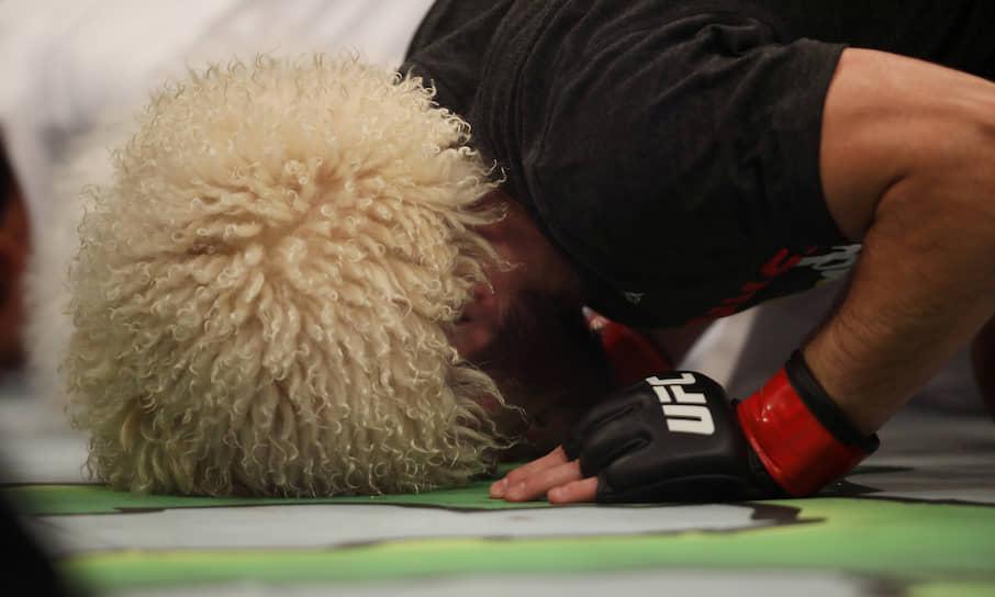 Перед матчем Нурмагомедов заявлял, что хотел бы себе в соперники американца Тони Фергюсона