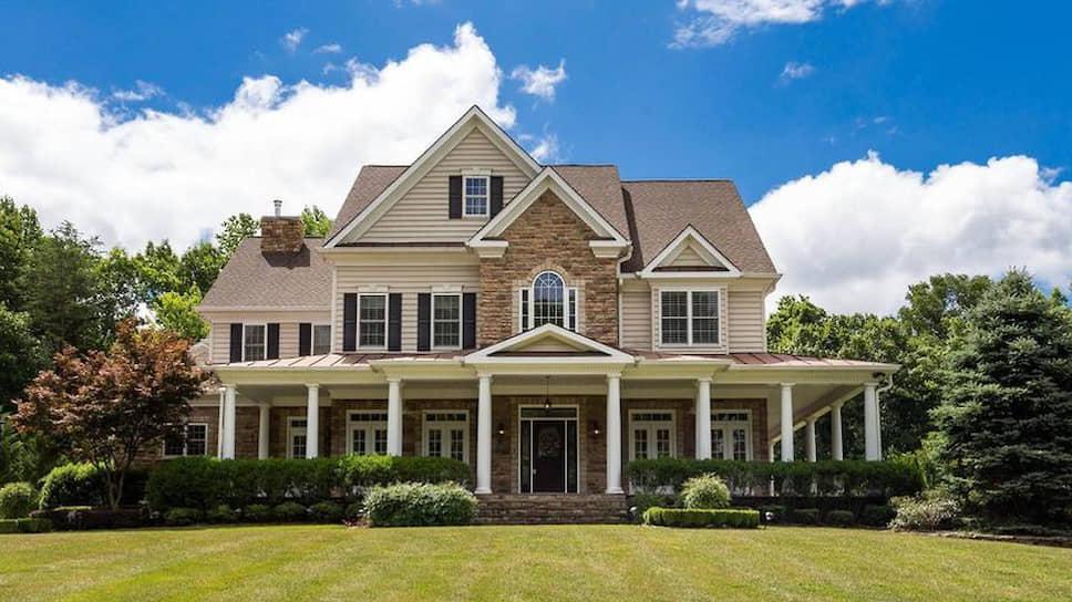 Дом в городе Стаффорд (штат Виргиния, США) стоимостью около $925 тыс., приобретенный Олегом и Антониной Смоленковыми