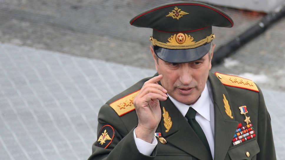 <b>Валентин Корабельников</b> с 1997 по 2009 год был начальником ГРУ Генштаба ВС РФ — замначальника Генштаба. В 2001 году был введен в состав Оперативного штаба по управлению контртеррористическими действиями в Северно-Кавказском регионе. 14 апреля 2009 года был освобожден от занимаемой должности и уволен с военной службы в запас