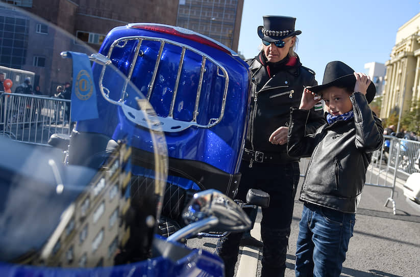 В мероприятии, как сообщили «РИА Новости», приняли участие 3,5 тыс. байкеров