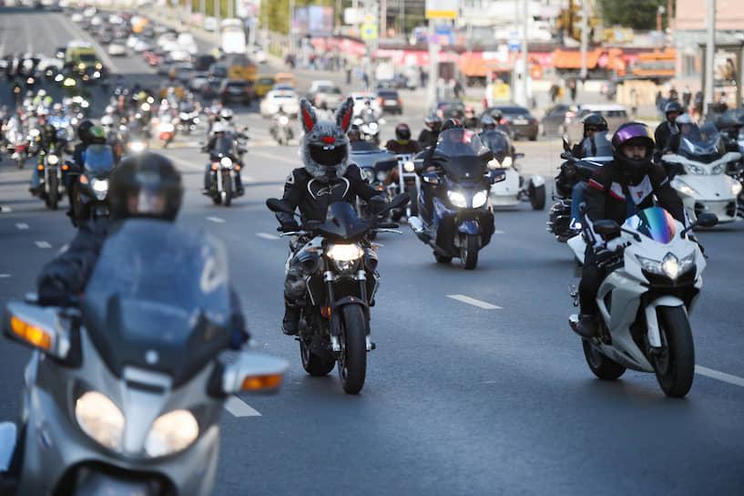 В центре города на время парада действовало ограничение движения транспорта