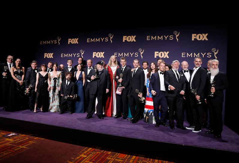 Команда сериала «Игра престолов» с наградой за «Лучший драматический сериал»