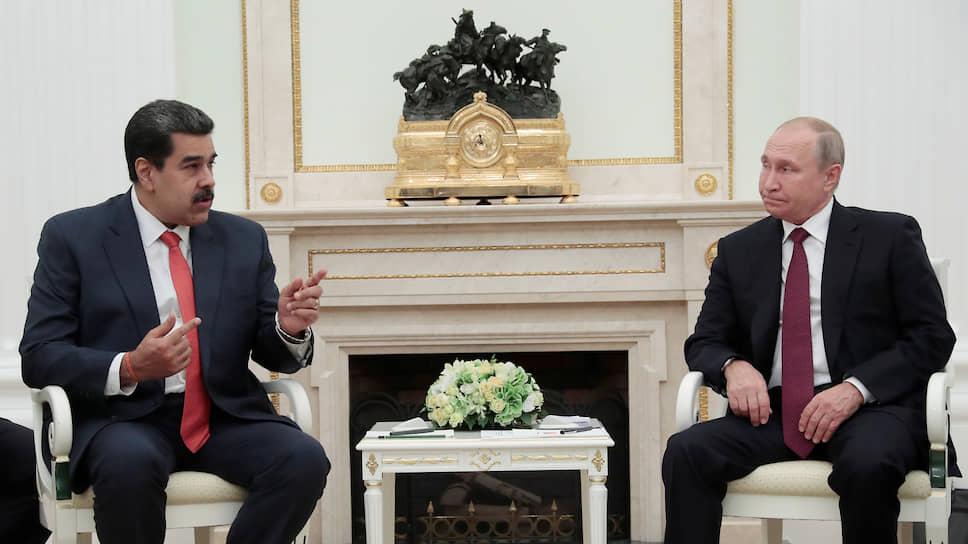 Президент Венесуэлы Николас Мадуро (слева) и президент России Владимир Путин