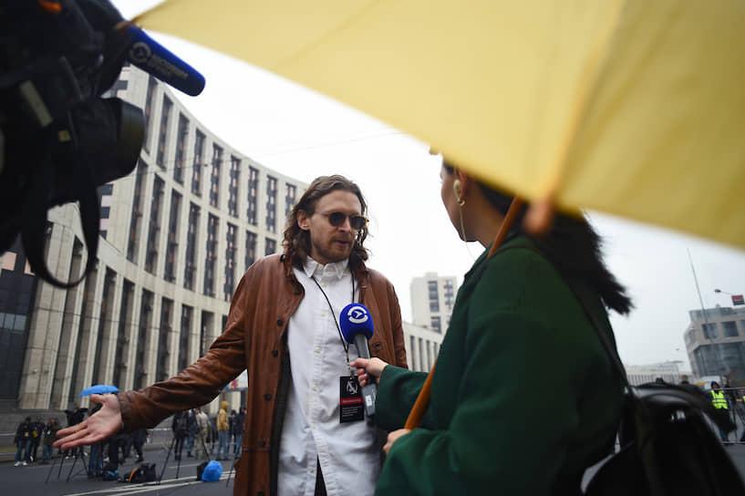 Лидер Либертарианской партии и организатор акции Михаил Светов