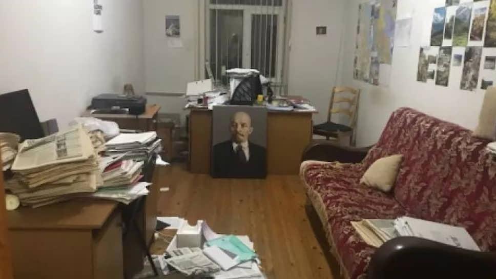 Редакция газеты «Черновик» после обысков