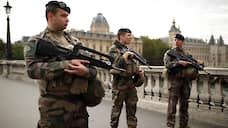 Парижский полицейский зарезал четверых коллег