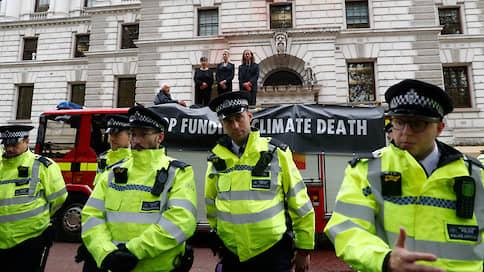 Великая октябрьская климатическая революция  / Британские экоактивисты намерены на две недели заблокировать центр Лондона