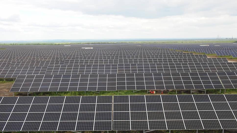 В этом году рядом с городом Новокуйбышевском официально открылась Самарская солнечная электростанция, способная покрывать все бытовые потребности города в электричестве
