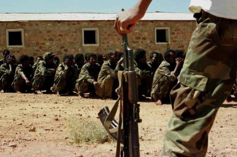В 2009 году Совбез ООН наложил на Эритрею санкции за поддержку боевиков-исламистов в Сомали