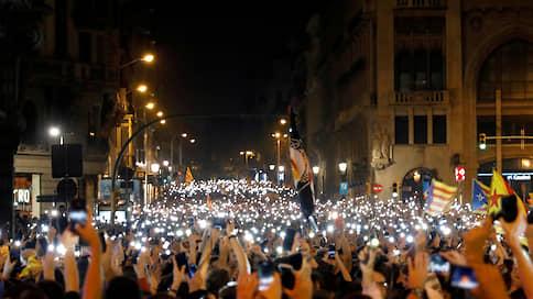 «Правительство не рассматривает вопрос о помиловании»  / Акции протеста в Каталонии могут возобновиться