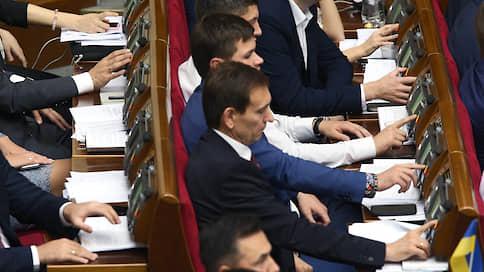 209 законопроектов за 50 дней  / Не все украинские депутаты рады рекордам Рады