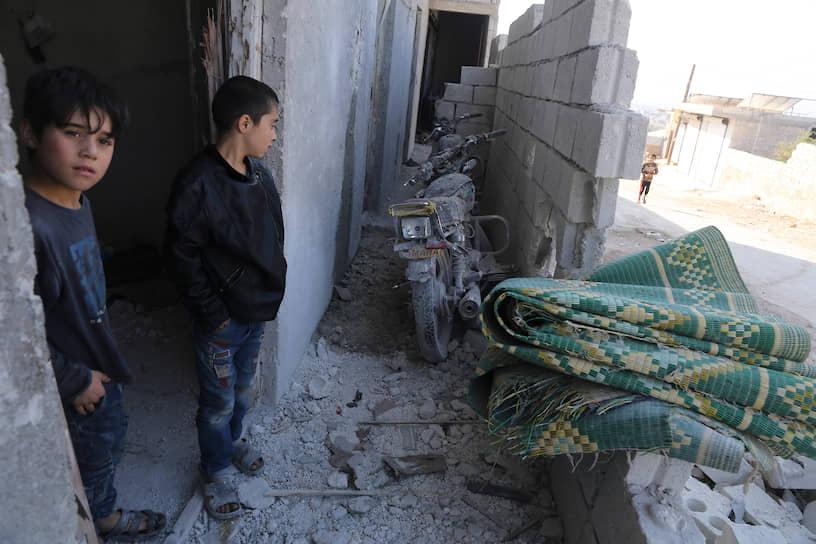 По данным американских СМИ, спецоперацию в пяти километрах от границы с Турцией провели бойцы американского спецподразделения «Дельта»