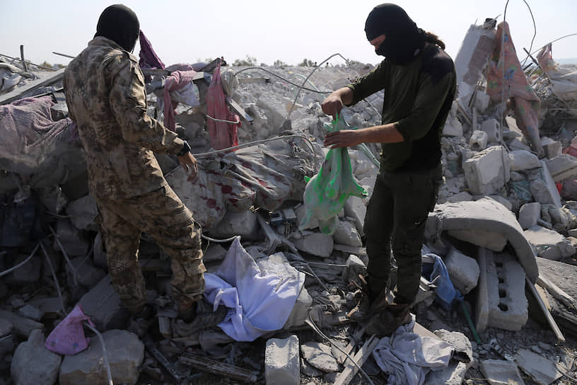 Главная сила в Идлибе на сегодняшний день — враждебная ИГ исламистская террористическая группировка «Хайат Тахрир аш-Шам», ранее также известная под названием «Джебхат ан-Нусра» (запрещены в РФ). Население провинции в массе своей не поддерживало ИГ