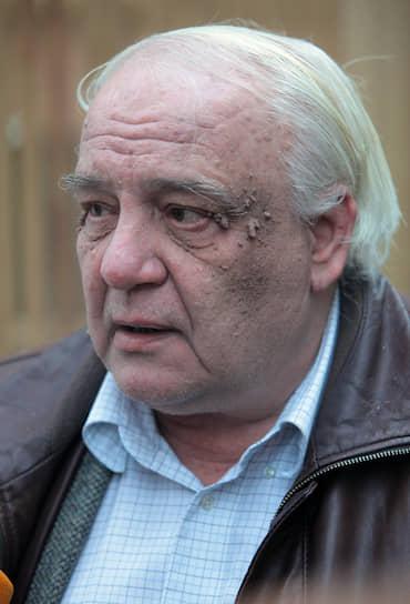 В 2015 году в Великобритании ему были предъявлены обвинения в изготовлении и хранении детской порнографии. Буковский настаивал на своей невиновности и обвинял прокуроров в клевете. В феврале 2018 года Королевский суд Кембриджа прекратил судебный процесс в связи с тяжелым состоянием здоровья писателя