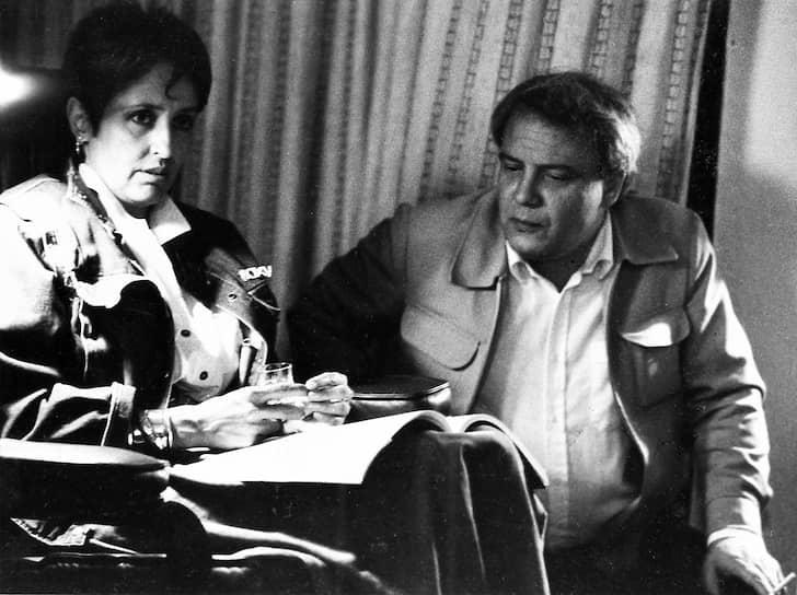 В январе 1967-го Буковского задержали за организацию демонстрации против ареста писателя Александра Гинзбурга и приговорили к трем годам заключения. В марте 1971 года он был вновь арестован, а в 1972 году приговорен к семи годам за «антисоветскую агитацию и пропаганду»