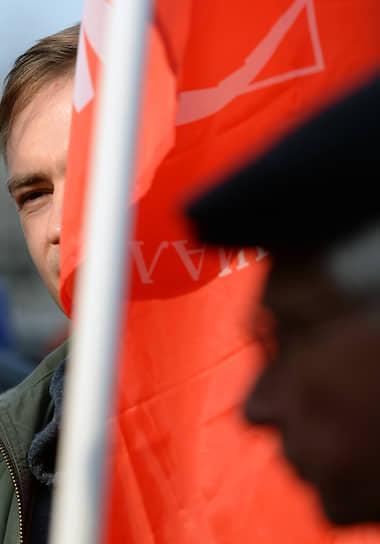 20 октября, Москва. Депутат Мосгордумы Максим Круглов во время встречи с жителями Останкинского района